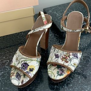 Gucci Shoes Floral print wedge